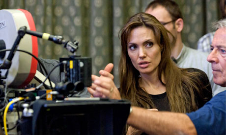 Angelina-Jolie-on-set-007