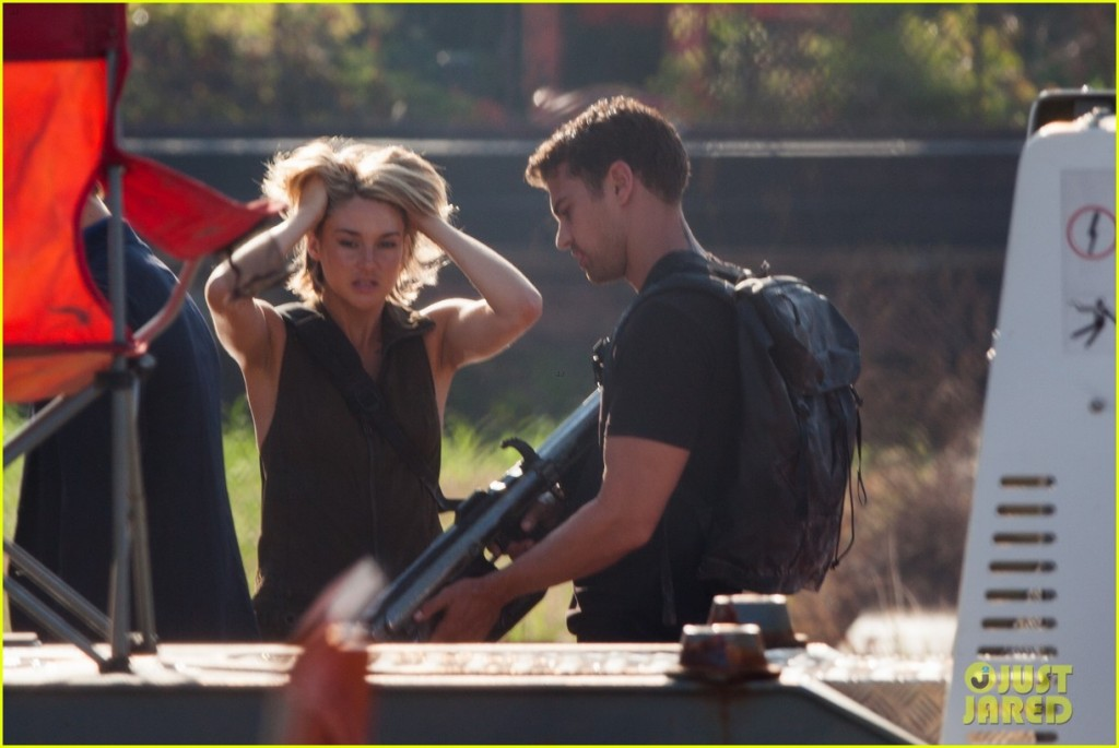 *EXCLUSIVE* Atlanta, GA - Shailene Woodley, Theo James, Miles Teller, Ansel Elgort and Zoe Kravitz were spotted filming stunts for 'Allegiant,' the upcoming third installment of the 'Divergent' series. The movie's five stars ran through an alleyway set as tons of red rain poured down on them. Behind the scenes, Shailene and Theo chatted about a book, 'The New Prophets of Capital.' AKM-GSI     July 13, 2015 To License These Photos, Please Contact : Steve Ginsburg (310) 505-8447 (323) 423-9397 steve@akmgsi.com sales@akmgsi.com or Maria Buda (917) 242-1505 mbuda@akmgsi.com ginsburgspalyinc@gmail.com